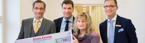 Geschenke einpacken für die gute Sache: 1.500 Euro für Familien in Not